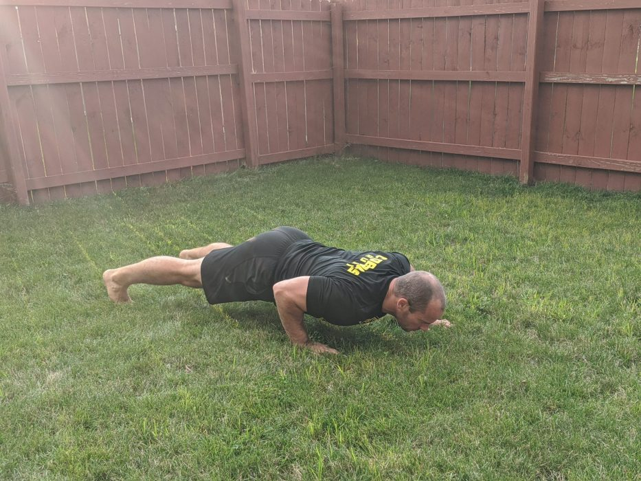 How To Do Offset Push Ups