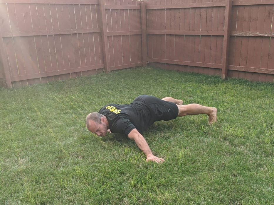 How To Do Kickstand Push Ups